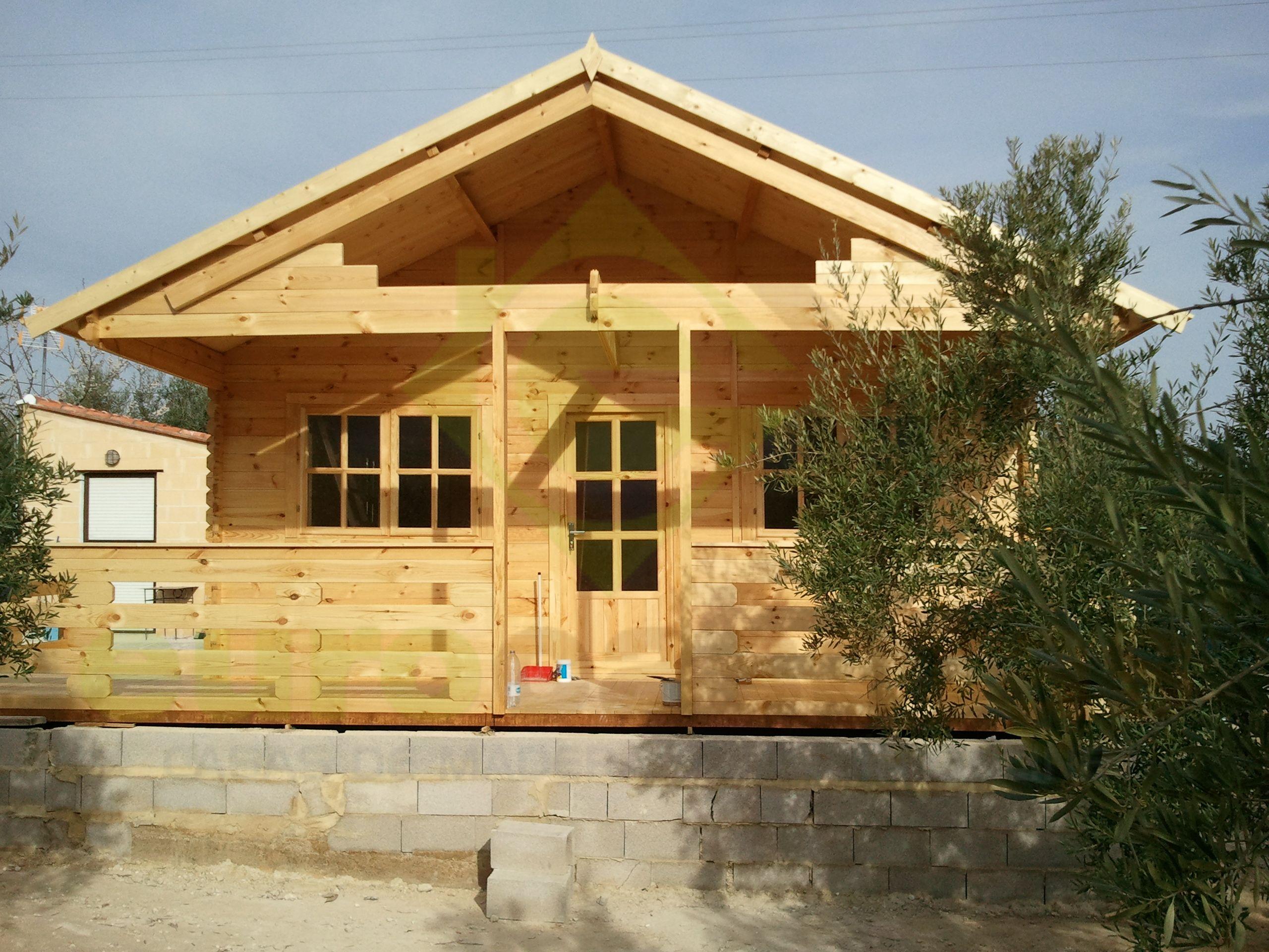 Montaje casa de madera asti en valencia eurocasetas for Casas de madera valencia