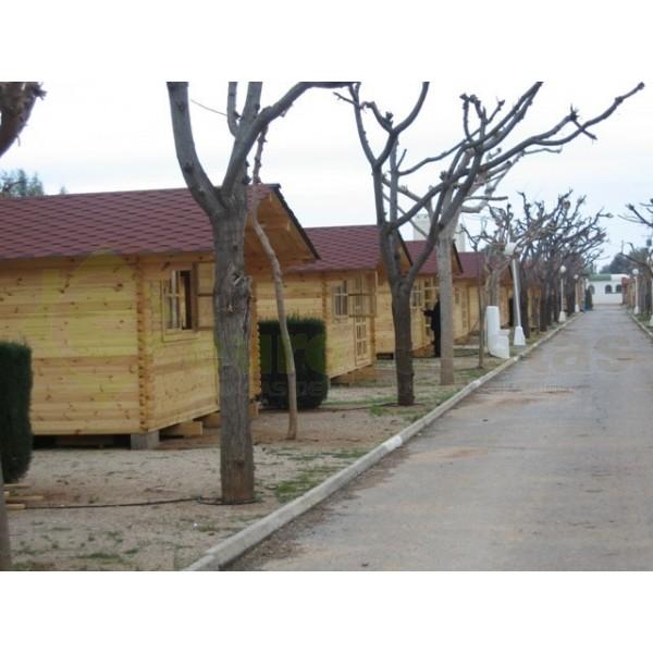 Jardineras de madera casas de madera y bungalows en for Caseta jardin madera