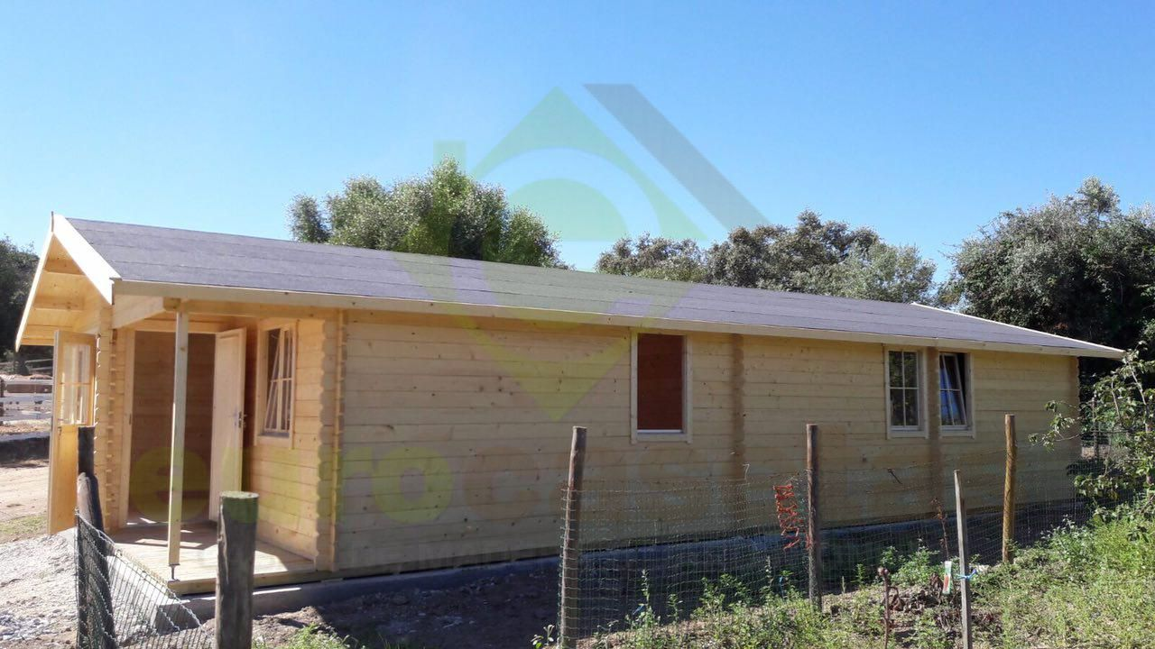 Montaje casa de madera mallorca en portugal - Casas de madera portugal ...