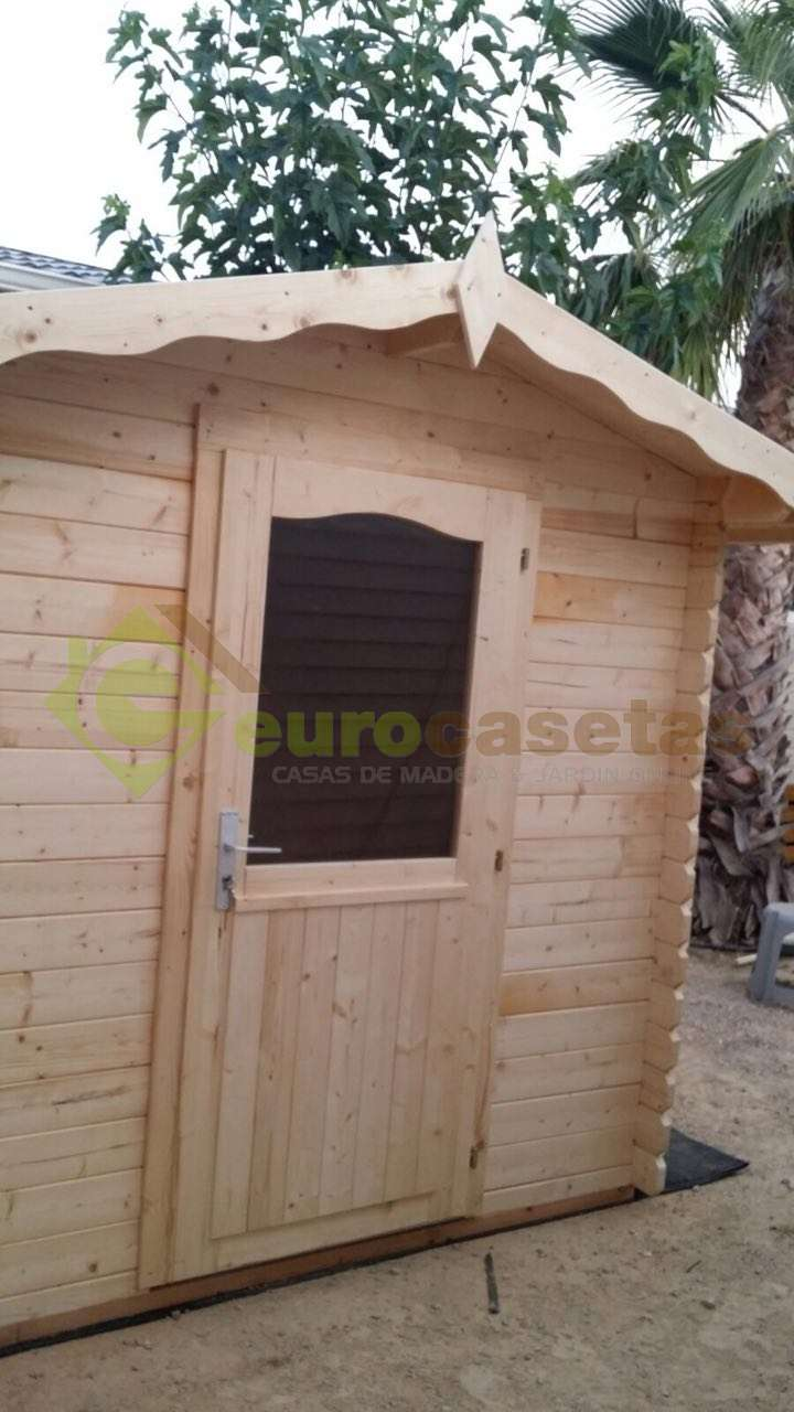 Montaje Caseta Vivian 3.8 en Camping Almafra (Alicante)