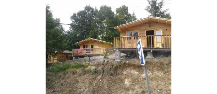 Montaje 10 bungalows FAY B en Camping Ripoll