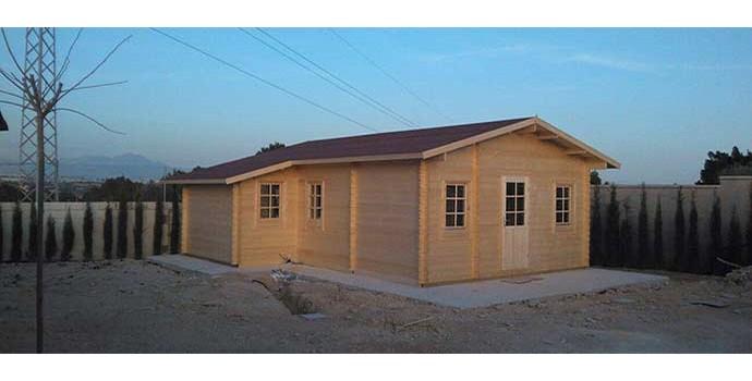Montaje casa de madera dani en alicante eurocasetas - Montaje casa de madera ...