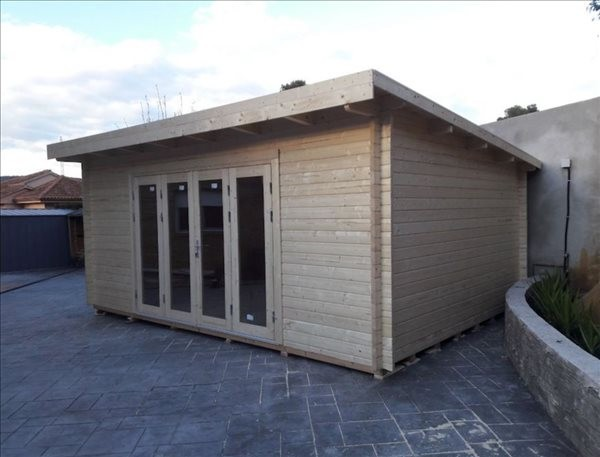 Montaje Caseta de madera Lea 19,4 m² (44mm)