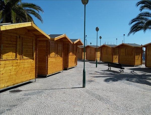 Kioscos de madera (3.2 x 2.1m), 28mm montados en Portugal
